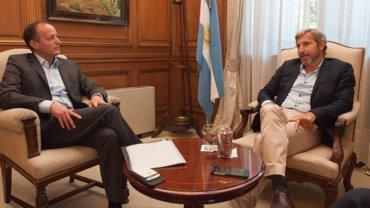 Martín Insaurralde charla con Rogelio Frigerio en la reunión que mantuvieron ayer por la tarde: el ministro del Interior le garantizó que el Estado avanzará con obras en Lomas de Zamora