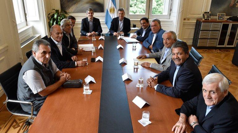 Mauricio Macri recibió a sindicalistas en la Casa Rosada.