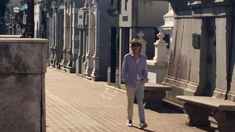 Mick Jagger recorrió los pasillos del cementerio de Recoleta