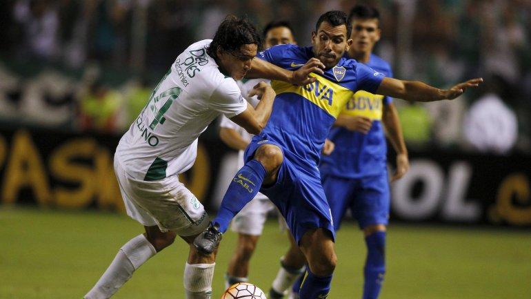 Racing goleo a Bolivar y Boca empato en Colombia