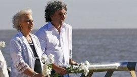 Estela y Guido Carlotto en el Parque de la Memoria
