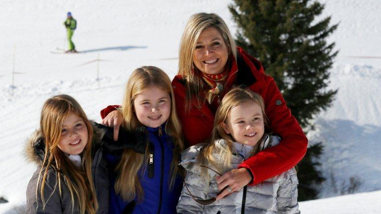 La reina Máxima, acompañada por sus hijas (de izquierda a derecha), Alexia, Catharina-Amalia y Ariane