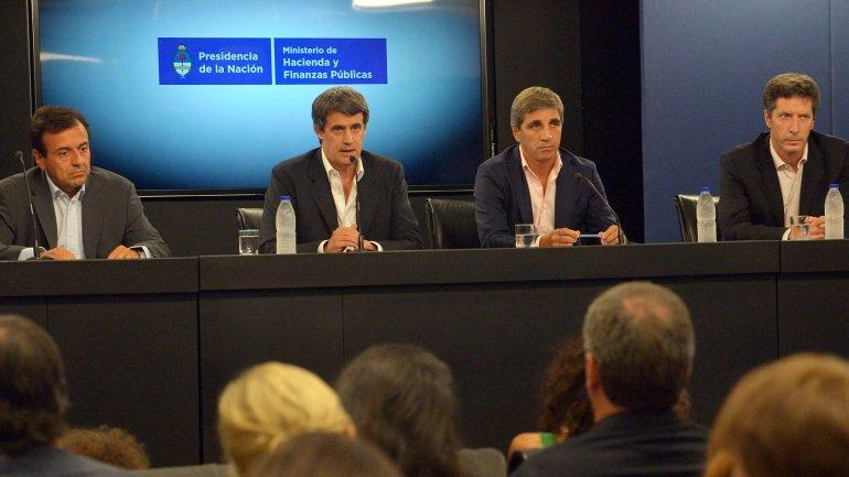 Los hombres de Economía confían en una rápida baja del costo del dinero para la Argentina
