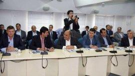 Juan Manuel Urtubey y Juan Manzur en el encuentro