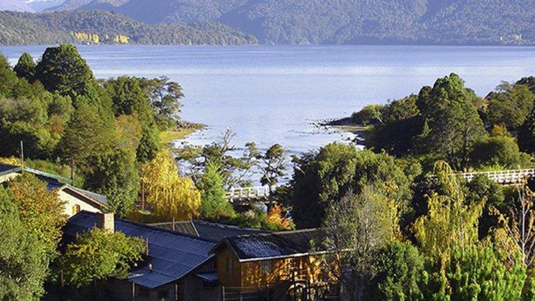 Lago Lolog, apropiado por Gaspar Schroh, dueño de lo que fue Cabañas Andina.