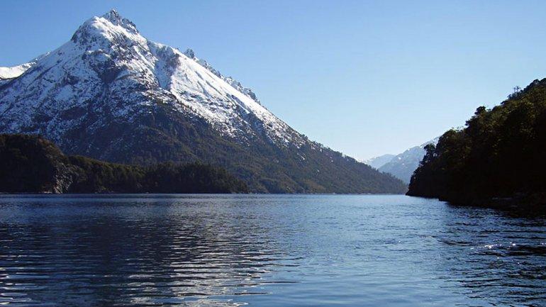 El paradisíaco Lago Escondido.