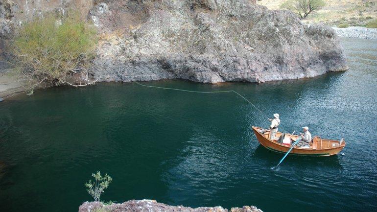 Ted Turner no permite el acceso al Río Collón Curá.