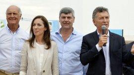 Macri encabezó un acto en Ramallo con la gobernadora Vidal y su par Lifschitz