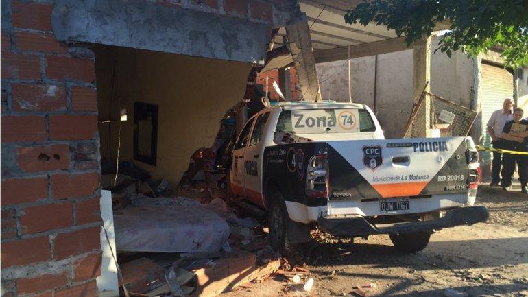 La camioneta policial destrozó el dormitorio en el que dormía Ángel Damián Villalba