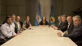 Vidal se reunió ayer con Margarita Stolbizer y otros dirigentes del GEN, sector político que también se muestra cerca de Sergio Massa