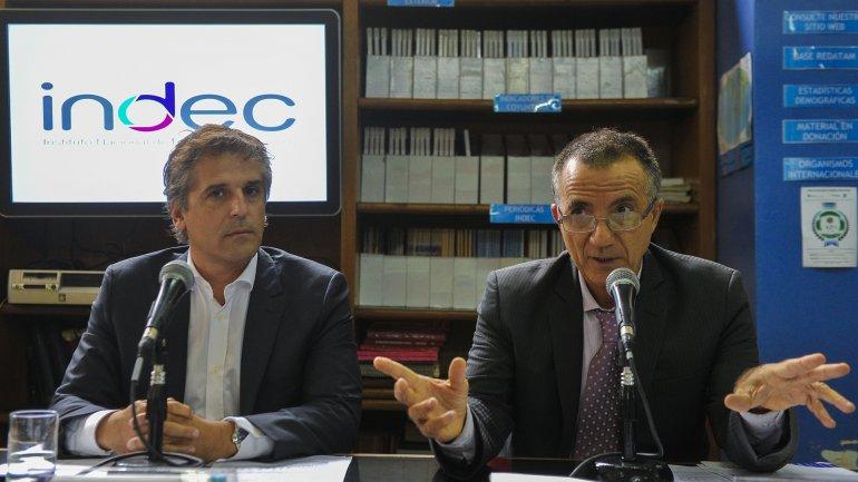 Pedro Lines, director de Cuentas Internacionales, y Fernando Cerro, director Técnico del Indec, explicaron las modificaciones metodológicas del cálculo de la deuda externa y la balanza de pagos