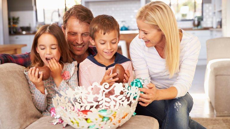 Se cree que la práctica de regalar huevos en Pascua tiene su origen en el siglo IV