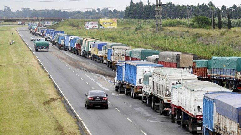 En pleno levantamiento de la cosecha gruesa se encarece el tráfico de cargas