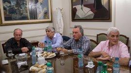 Barrionuevo aseguró que ninguna de las 3 CGT planea un paro nacional