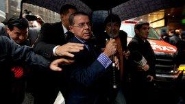 Me voy porque todo en la vida tiene un principio y un final, dijo Oyarbide al presentar su renuncia.