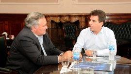 Joaquín de la Torre se mostró ayer junto al ministro macrista Cristian Ritondo
