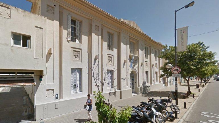La sede de la Jefatura Departamental de La Plata, ubicada en la calle 12 entre 60 y 61