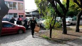 LaPolicía de Seguridad Aeroportuaria allana la casa de gobierno de Santa Cruz.