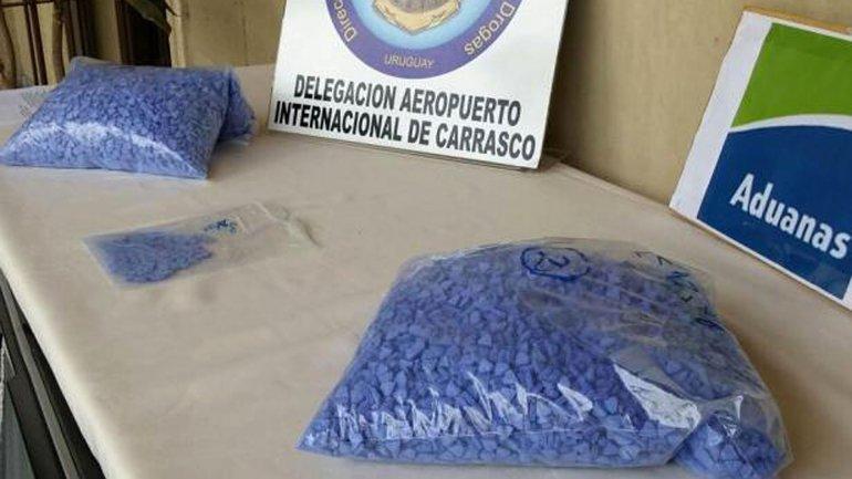 Un belga quiso entrar 21 mil pastillas Súperman a la Argentina