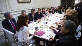 Cristina Kirchner en su reunión con parte del bloque de senadores peronistas