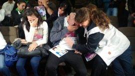 Los padres de Santiago Veer rompen en llanto al escuchar la sentencia.