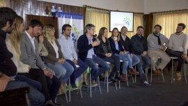 Marcos Peña encabezó un encuentro con jóvenes de Cambiemos.