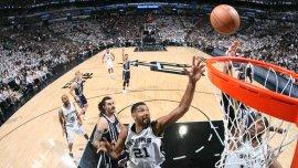 Los San Antonio Spurs arrancaron con el pie derecho su semifinal de Conferencia