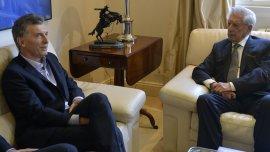 Mauricio Macri junto a Mario Vargas Llosa