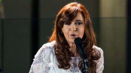Cristina Kirchner habla durante un acto con militantes del FpV (Imagen de archivo)