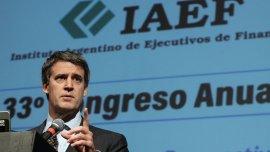 Alfonso Prat-Gay destacó que el Gobiernopermitirá que las pymes podrán tomar a cuenta de Ganancias el pago del impuesto al cheque