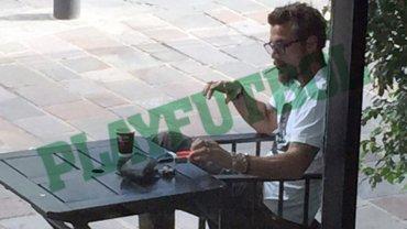 El siempre polémico Daniel Osvaldo no oculta su adicción al tabaco
