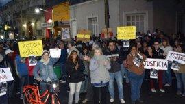 Vecinos de Chascomús pidieron justicia para el hombre violado por sus compañeros de trabajo