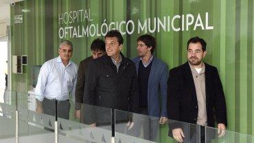 Sergio Massa con los diputados que impulsan el proyecto