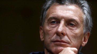 Mauricio Macri juega fuerte en la reestructuración de la AFA