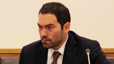 Matías Molle fue denunciado por el presunto nombramiento de ñoquis en el RENAR