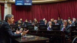 Los legisladores le enviaron a Peña un extenso cuestionario con un total de 929 preguntas.