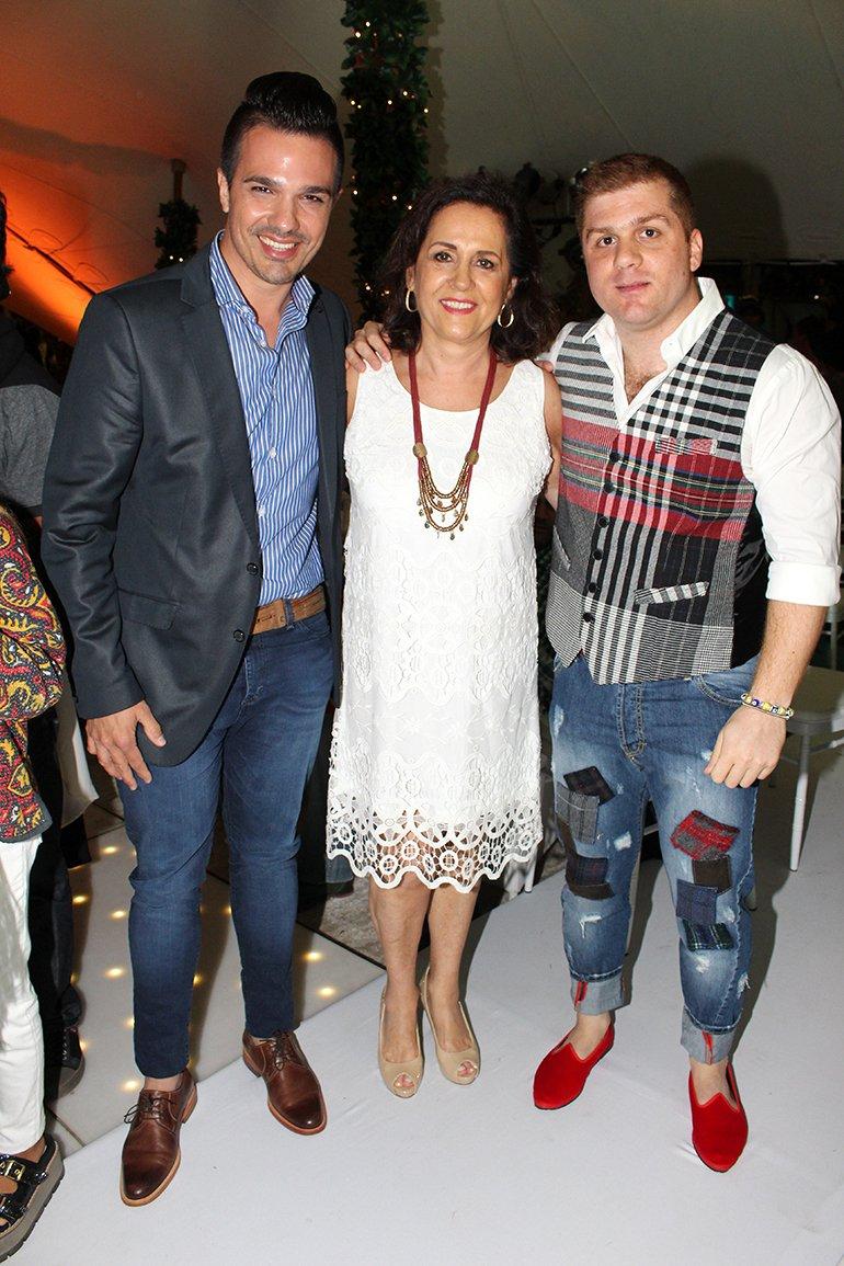 Alejandro Viñas, Susana Ortíz y Stefano Di Doménico