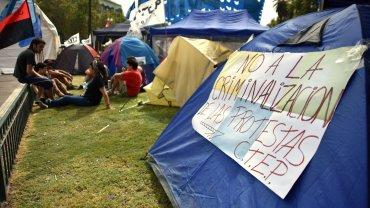 Los militantes aseguran que la líder de la agrupación Tupac Amaru se encuentra  detenida  sin motivo y exigen que la Justicia de Jujuy la libere cuanto  antes