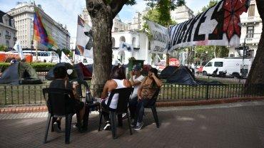 Milagro Sala está detenida desde el 16 de enero en un penal de Jujuy por  instigación a la violencia y tumulto, según consta en el expediente, a  raíz del acampe de protesta que se lleva a cabo en San Salvador de  Jujuy.