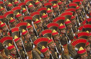 Así son los particulares sombreros de las fuerzas de seguridad de la India