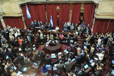 En una sesión extraordinaria del Senado, el Gobierno consiguió el quórum y logró ingresar los pliegos de los candidatos de la Corte Suprema