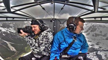 El piloto Fernando Endrigo y el fotógrafo Matías Arbotto