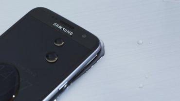 Frente al Galaxy S6, la cámara baja de 16 a 12 megapíxeles, pero eso no significa que las fotos sean de menor calidad