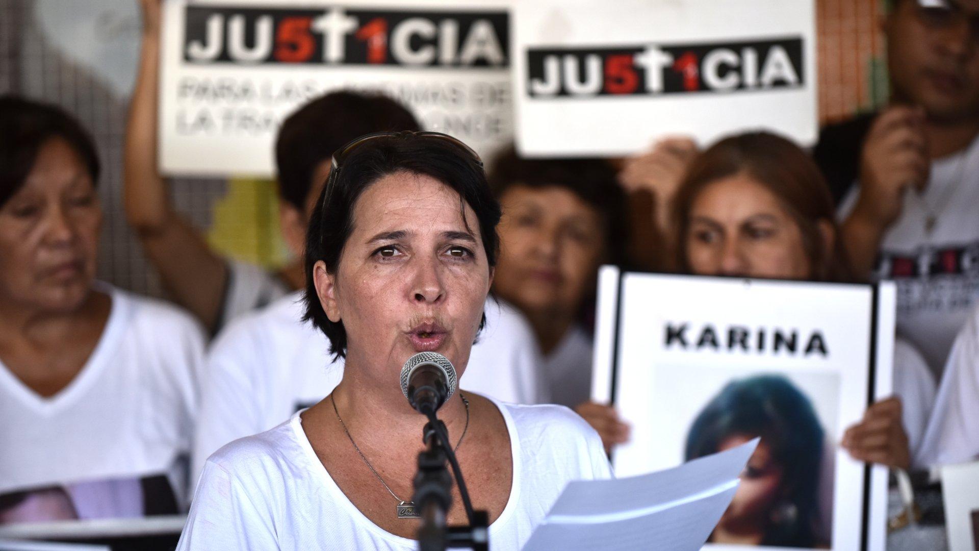 María Luján Rey fue la encargada de leer un duro mensaje contra el ex gobierno  kirchnerista, que este año incluyó un pedido al macrismo para que la  causa avance sin dilaciones y las sentencias queden firmes