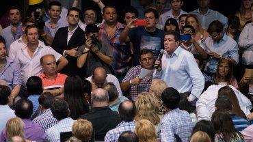 El nombre que lograría el aval para conducir esta nueva etapa es el de José Luis Gioja, ex gobernador de San Juan