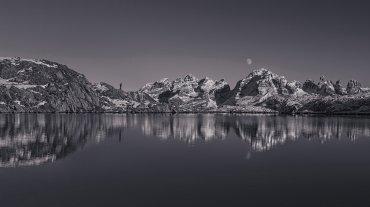 Selfie Nero Lake,Madonna di Campiglio en Trentino, norte de Italia
