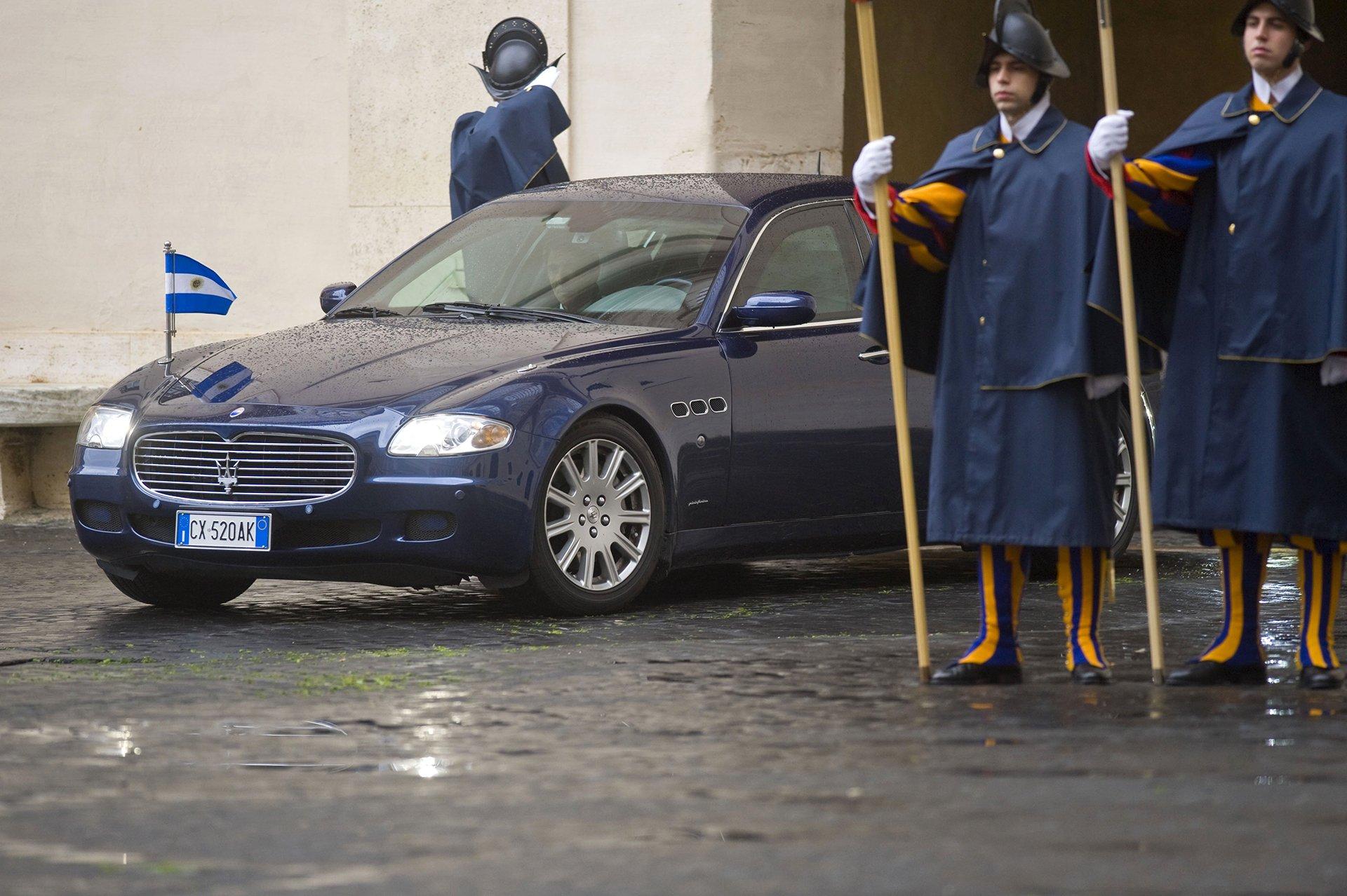 Macri y la primera dama llegando al encuentro