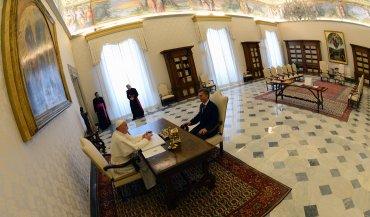 Se reunieronen la biblioteca del Palacio Apostólico del Vaticano