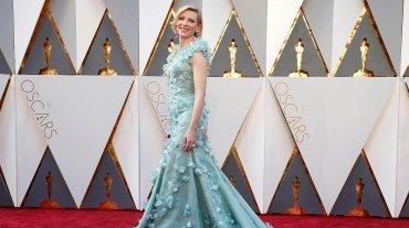 Uno de los vestidos más llamativos lo lució Cate Blanchett, con su Armani Prive.