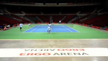 El equipo argentino de Copa Davis, que el próximo fin de semana se medirá con Polonia por la ronda inicial del Grupo Mundial 2016, realizó su entrenamiento matutino en el estadio Ergo Arena, enGdansk, Polonia